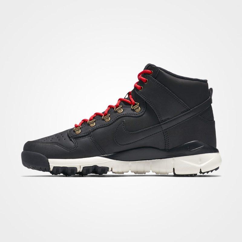 Nike SB Dunk High Boot - Left